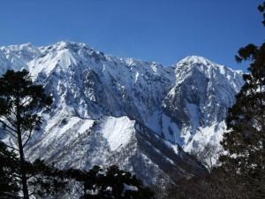 会員が2月に登った時の谷川岳