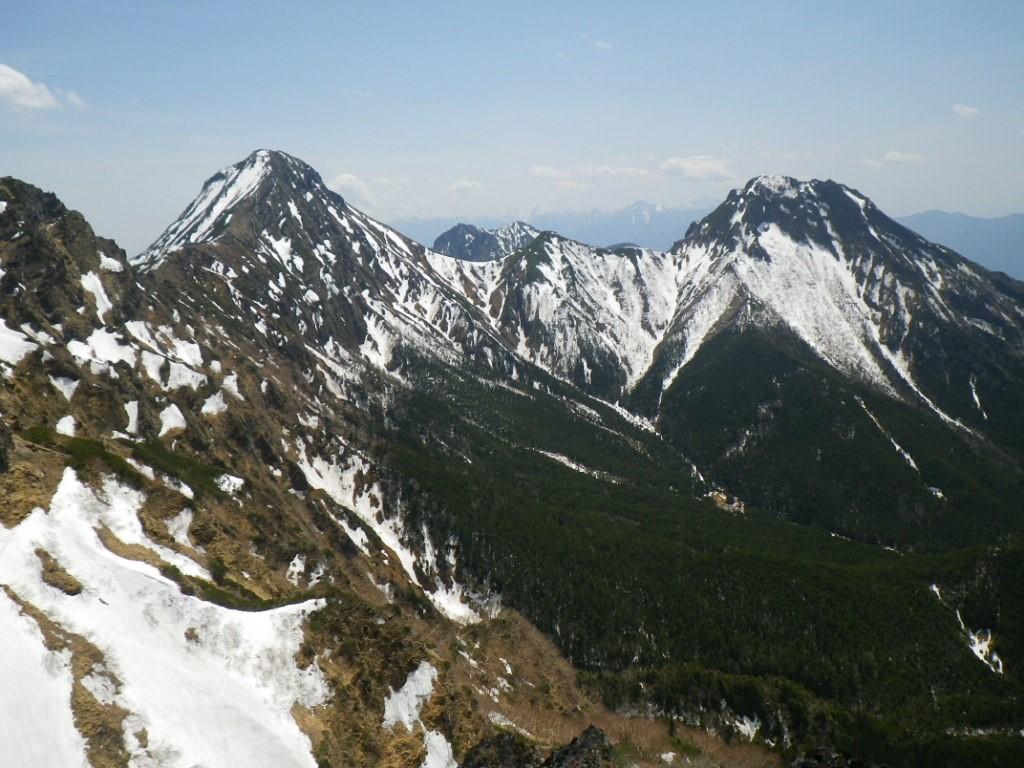 大同心頂上から赤岳と阿弥陀岳