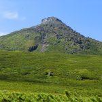 CIMG2426_羅臼平付近から見た羅臼岳