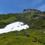 CIMG2449_山頂直下の雪渓