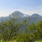 CIMG2343_英嶺山から見た羅臼岳・サルシイ岳