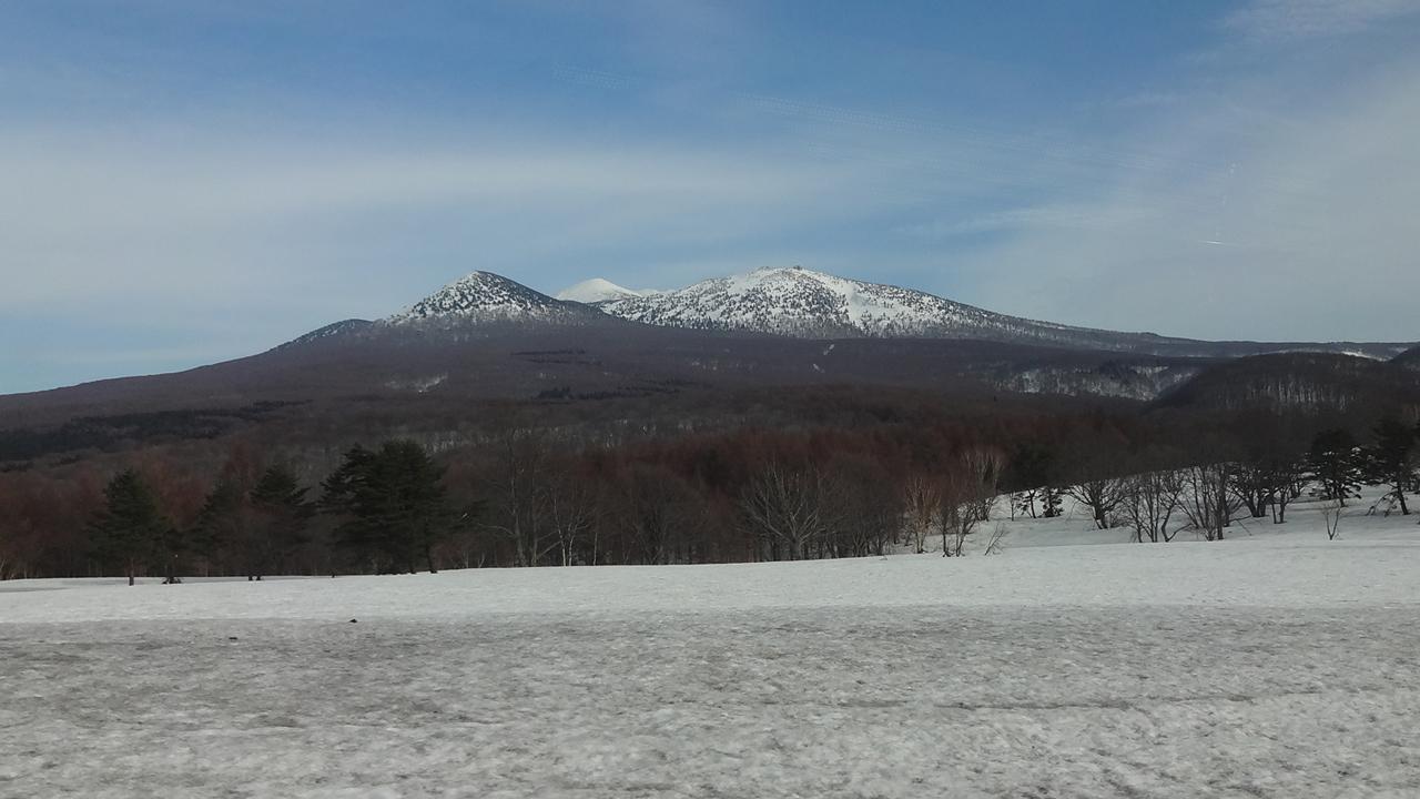 萱野高原から見る八甲田山