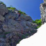 Ⅳ峰の懸垂下降 白いのは雪渓