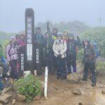 12.雨の妙高山頂